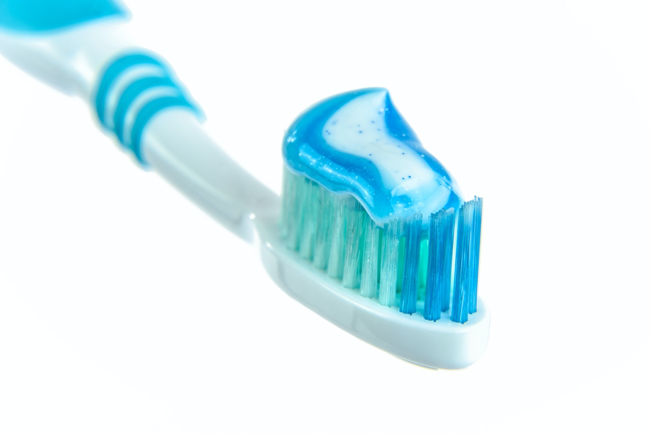 マイクロビーズ入の歯磨き粉