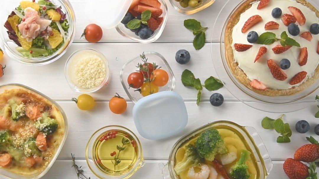 harioの耐熱ガラスの保存容器と料理