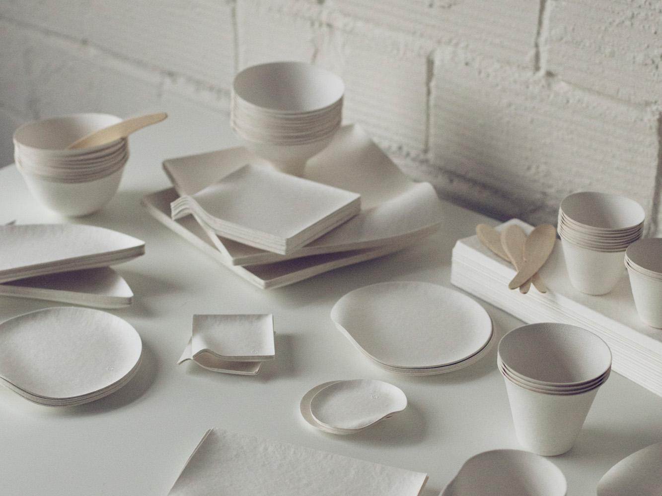 WASARAの紙のような食器