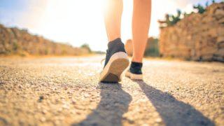 膝の下から靴まで
