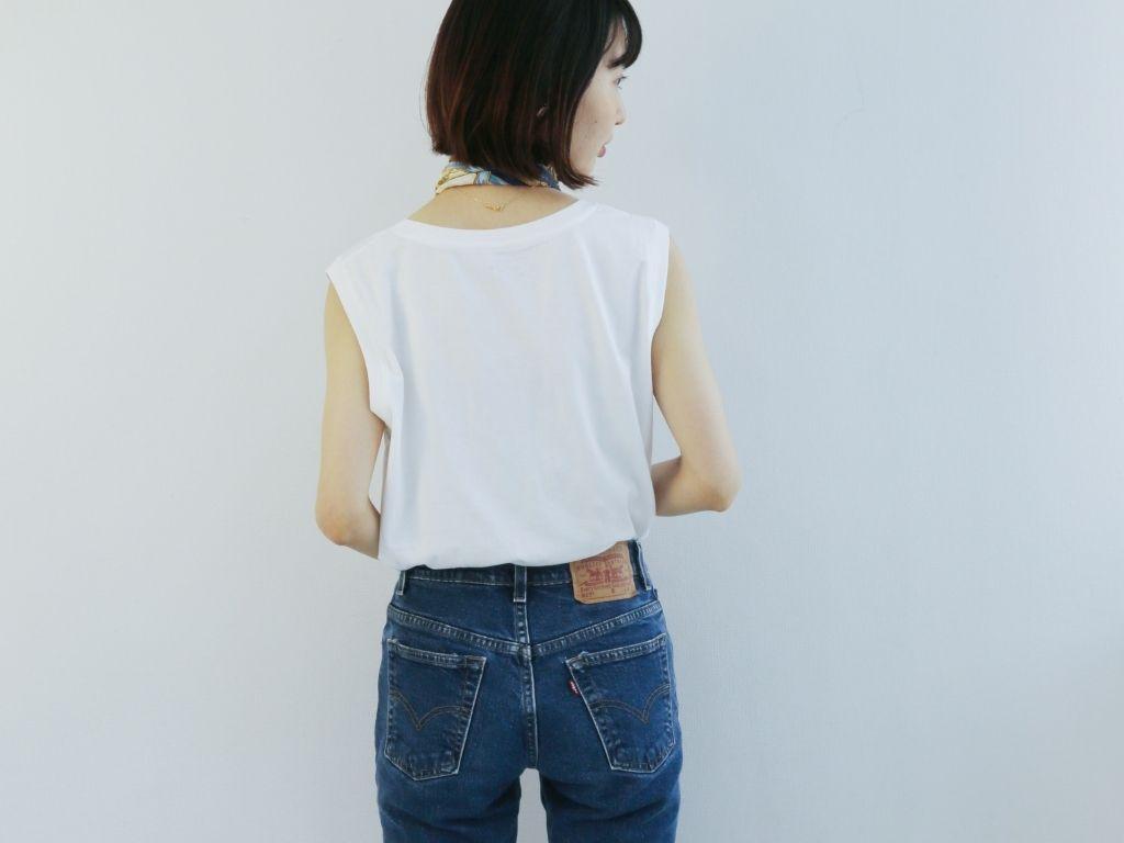 テンセル™繊維混ノースリーブの着用写真